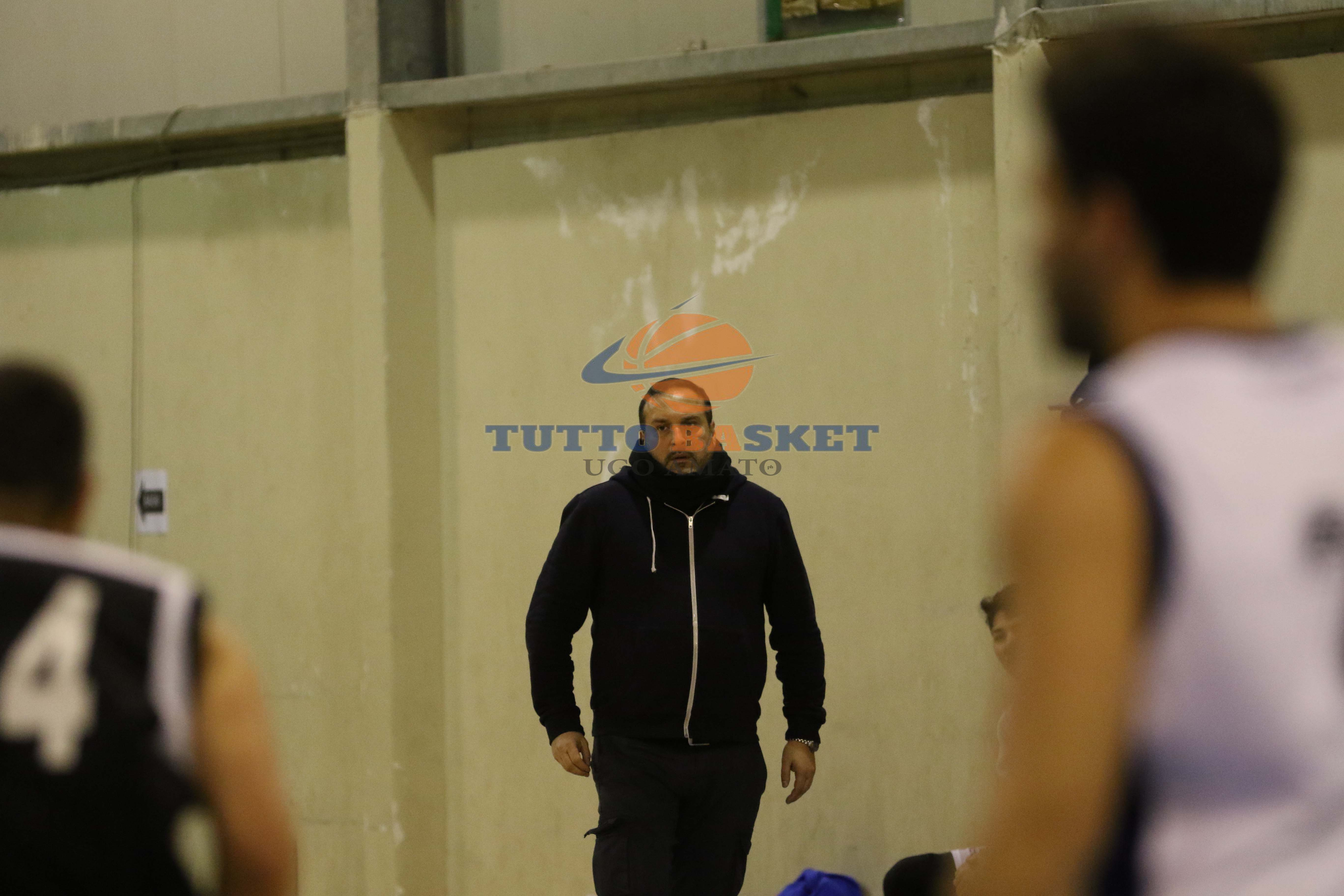 Coach Falcombello